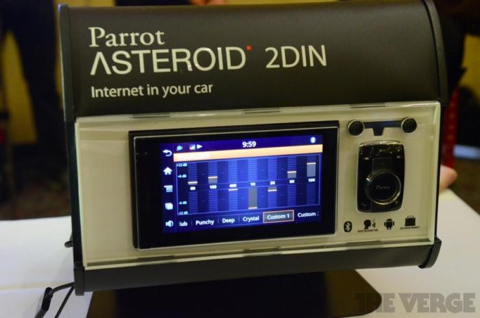 parrot asteroid weiteres autoradio mit android vorgestellt einige hands on fotos ces 2012. Black Bedroom Furniture Sets. Home Design Ideas