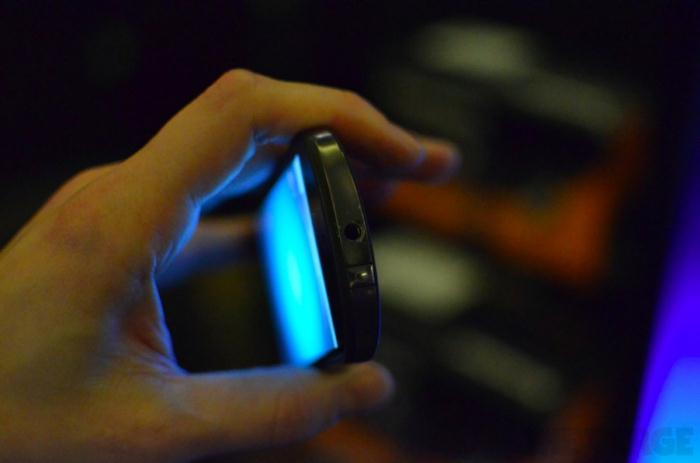 lenovo-s2-hands-on-ces2012 (5)