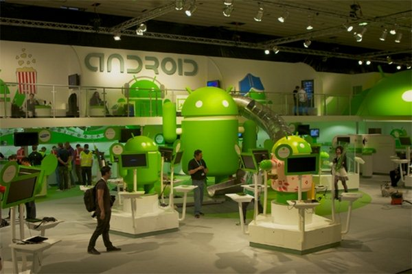 MWC-Google-Booth
