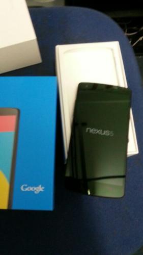 Nexus_5_Leak_Unboxed-281x500