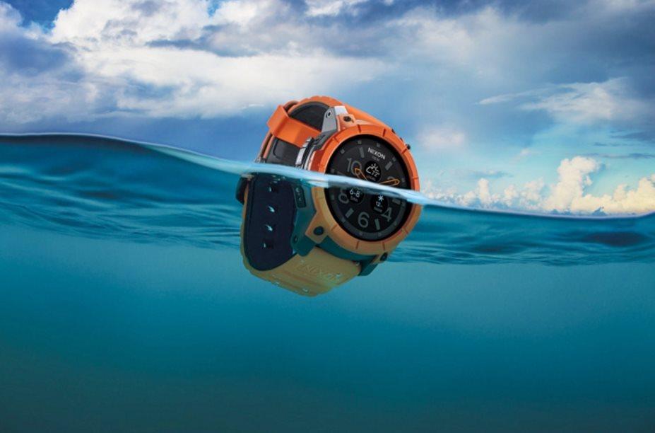 Nixon Mission: Android Wear-Uhr für Tieftaucher mit W2100