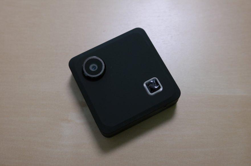 compass mini kamera f r unterwegs vorgestellt. Black Bedroom Furniture Sets. Home Design Ideas