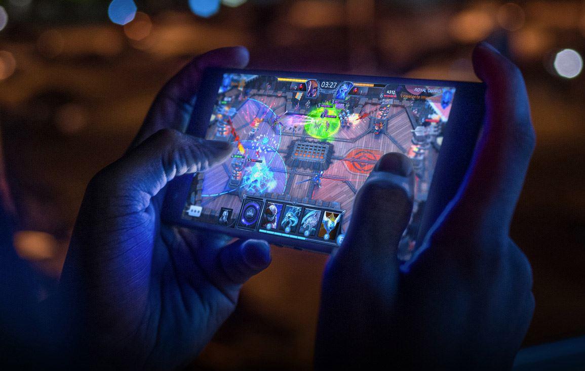 Razer Phone 2 Gaming-Smartphone (1)